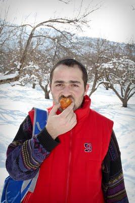 Արտակ, Սառած Խնձոր, Մաճառ, Ձյուն, ուտել...